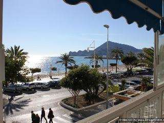Altea Costa Blanca, cosy beachfront apartment - Altea vacation rentals