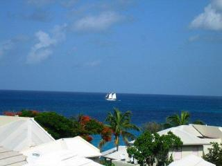 2 BEDR townhouse overlooking OCEAN  ST- MAARTEN - Simpson Bay vacation rentals