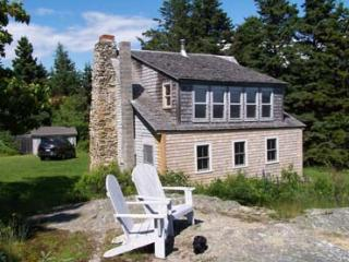 Cozy 2 bedroom Little Deer Isle House with DVD Player - Little Deer Isle vacation rentals