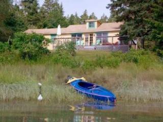 2 bedroom House with Internet Access in Deer Isle - Deer Isle vacation rentals