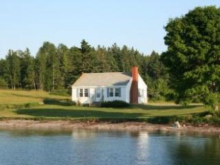 Cozy 1 bedroom Deer Isle House with DVD Player - Deer Isle vacation rentals