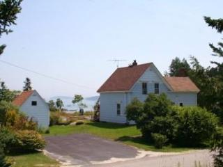 A Fifield House - DownEast and Acadia Maine vacation rentals