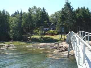 4 bedroom House with Internet Access in Deer Isle - Deer Isle vacation rentals