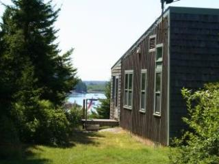 Thompson Cottage - DownEast and Acadia Maine vacation rentals