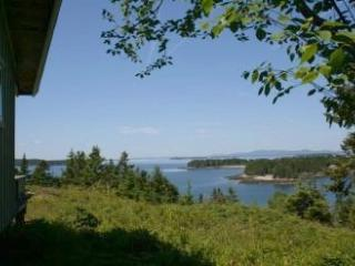 3 bedroom House with Internet Access in Little Deer Isle - Little Deer Isle vacation rentals