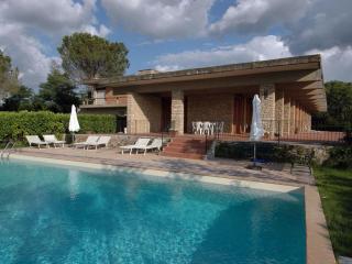 Villa Falchi, Tuscan tranquility, stunning views - Radicondoli vacation rentals