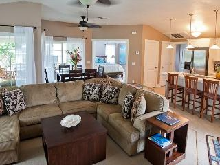 Beautifully Decorated, Spacious Condo with A/C - Princeville vacation rentals