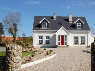 Bright 3 bedroom Cottage in Ramelton - Ramelton vacation rentals
