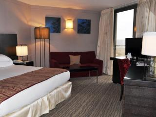 Sea View Deluxe suite in the 5* Daniel hotel - Herzlia vacation rentals