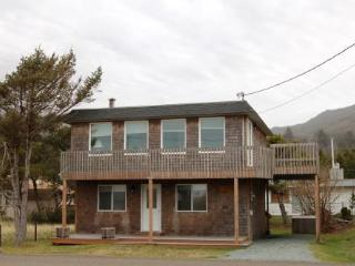 Lapp's House - Three bedroom ocean view home, WiFi - Oregon Coast vacation rentals