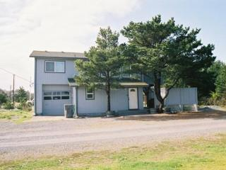Nedonna Two - Four Bedroom, Hot Tub, Wi-F - Rockaway Beach vacation rentals