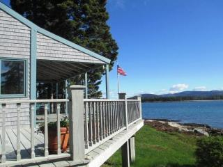 Nice 4 bedroom Southwest Harbor House with Internet Access - Southwest Harbor vacation rentals