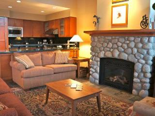 Montebello 3.5 BR with Private hot tub - Whistler vacation rentals