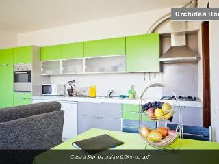 House 3km from the beach - Orchidea Batuca - Costa da Caparica vacation rentals