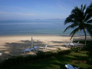 Private Beach Villa on the pool of the resort, - Mae Nam vacation rentals