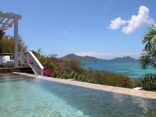 Gorgeous 5 bedroom Carriacou Villa with Deck - Carriacou vacation rentals