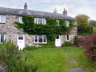 2 GROES NEWYDD pet friendly cottage, in elevated position in Harlech Ref 11143 - Harlech vacation rentals