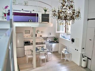 NOSTROMONDO CIANCALEONI SUITE-roof terrace - Rome vacation rentals