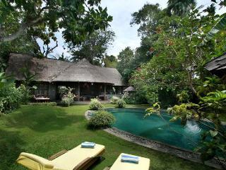 Villa Umah Kedash - 3 Bedroom Villa in Seminyak - Seminyak vacation rentals