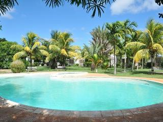 Cosy Holiday Villa,Trou aux Biches, AC, WIFi, pool - Trou aux Biches vacation rentals