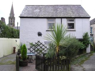 Nice Cottage with Satellite Or Cable TV and Books - Lostwithiel vacation rentals