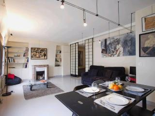 Beautiful and Quiet Modern Apartment in Paris close to les Halles - Paris vacation rentals