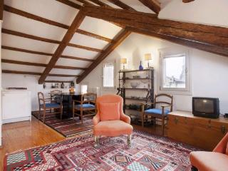 A charming apartment with a small terrace and a beautiful view of Venice's skyline and the Frari church - Venice vacation rentals