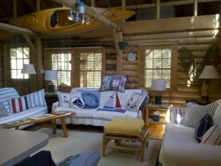 Cedar Log Cabin in Boothbay Harbor, Maine - Mid-Coast and Islands vacation rentals