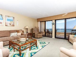 SD 211: VERY SPACIOUS! BEACH FRONT, WIFI, Pool, tennis court, large balcony - Fort Walton Beach vacation rentals