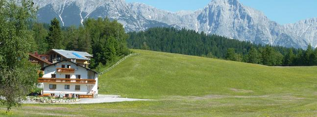 Haus Wiesenruh, set in the meadows - Luxury 3-bedroom holiday-home with own SAUNA - Seefeld - rentals