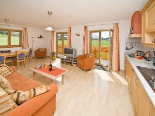 Luxury 3-bedroom holiday-apartment with own SAUNA - Seefeld vacation rentals