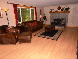 Payette River Cabin - Sleeps 19 - Near to Downtown - McCall vacation rentals