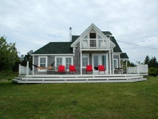Cozy House with Deck and Balcony - Barrington vacation rentals