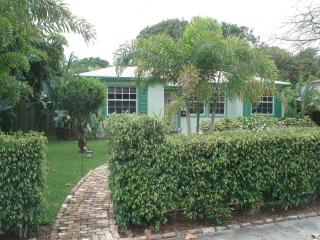 "Spectacular Cottage ""New England"" - West Palm Beach vacation rentals"