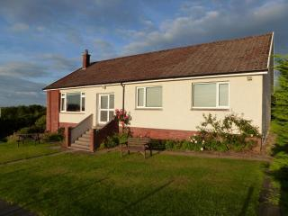 AULDBYRES Farm cottage in Ayrshire countryside - Ayr vacation rentals