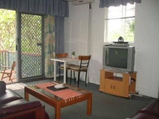 2 bedroom in Paddington cafe precinct 2km to city - Brisbane vacation rentals
