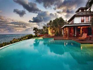Fuego Del Mar: Oceanfront Villa on Private Estate. - Roatan vacation rentals