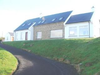 Bright 4 bedroom House in Rossnowlagh - Rossnowlagh vacation rentals