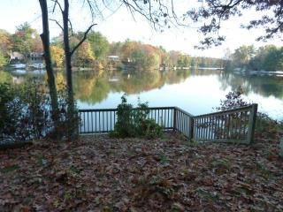 Newly Renovated Lakefront Getaway on Robinson Pond - Copake vacation rentals