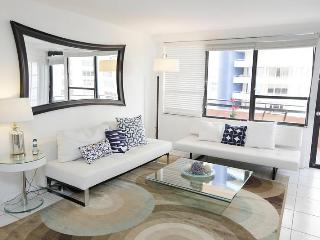 Deluxe Signature Suite - 2 bed/2 bath - Suite 1007 - Miami Beach vacation rentals