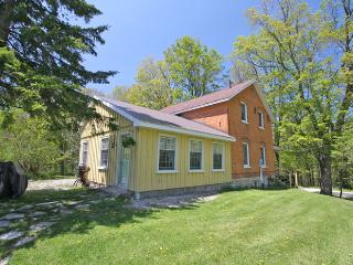 Farmhouse cottage (#705) - Ontario vacation rentals