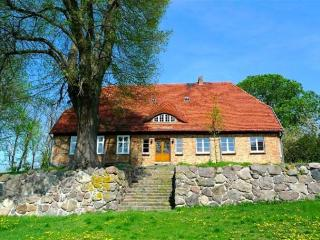 Vacation Apartment in Weitendorf - 1173 sqft, warm, quiet location (# 2721) - Kaarz vacation rentals
