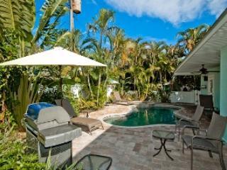 Grill area - Island Pearl - 204 76th St - Holmes Beach - rentals