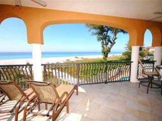 Relax on your private balcony and watch the dolphins play! - Vista Grande 1 - Sul Mare - Holmes Beach - rentals