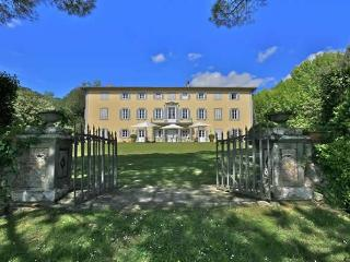 Historic Villa Bocelli Rental in Lucca - Montecatini Terme vacation rentals