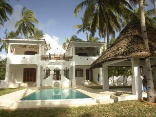Yin Yang - 4 bed house with pool in Mida, Watamu - Kenya vacation rentals