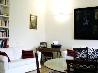 Comfort & great central location? - Milan vacation rentals