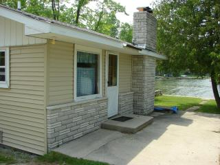 Bayfront Cottage Fireplace Private, Boat&pedalboat - Alpena vacation rentals