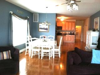 NW Spacious  5 BR/3 Full Bths. & NW parking permit - North Wildwood vacation rentals