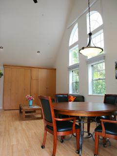Gorgeous, private, guest house in Vista, Ca - Vista vacation rentals